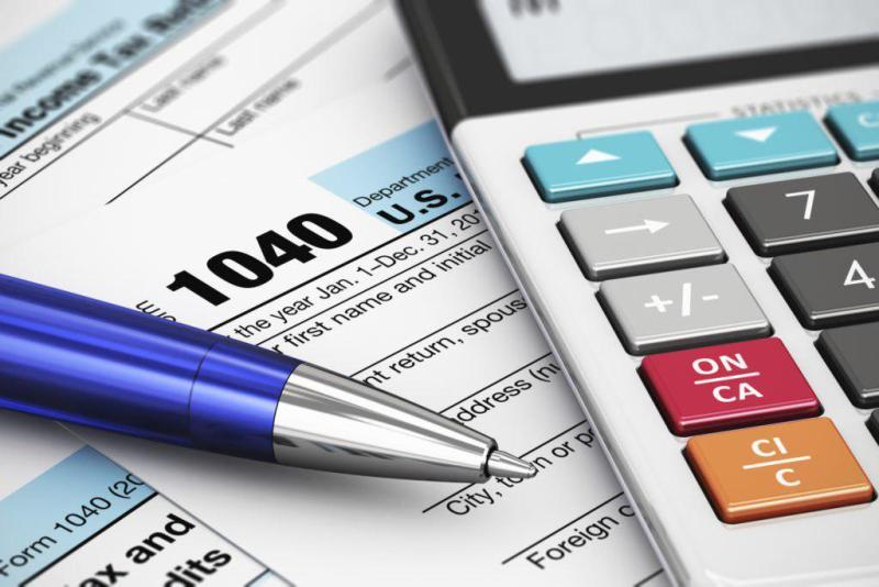پوشش نیمی از هزینه های دولت از طریق مالیات در ۱۰ ماهه امسال